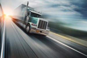 Truck Drivers Who Speed Take Other Risks, Study Says